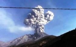 Eruzione vulcano Ubinas