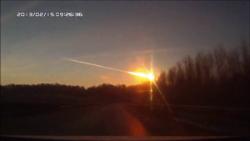 Ufo distrugge meteorite 2013 1.1