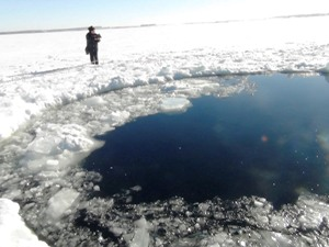 Ufo distrugge meteorite 2013 1.3