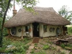 Casa cob house